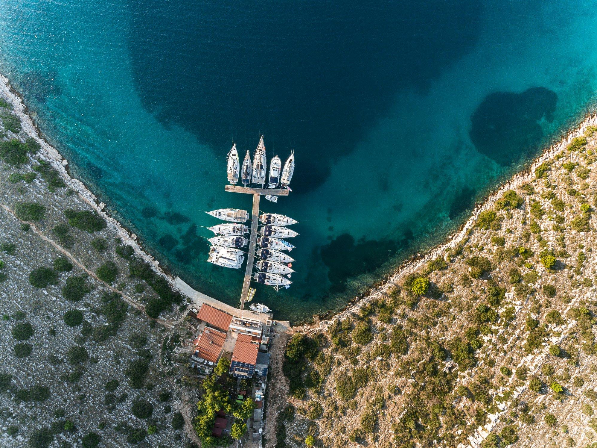 Море, яхты, причал вид сверху - ДСМ групп Фармрегата 2019 DSM Group Pharmregata 2019
